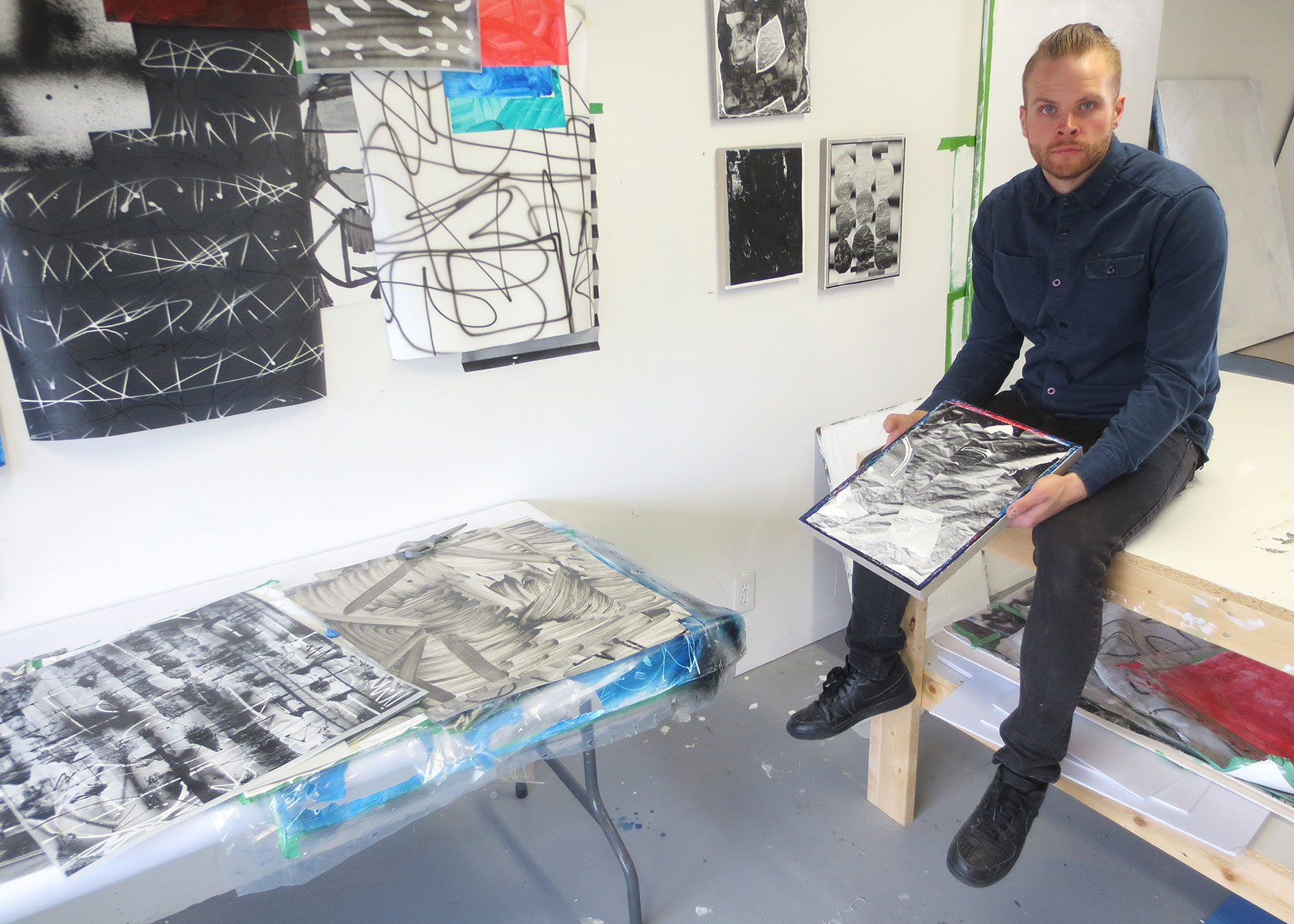 Jason Deary in his West End studio, Toronto, November 2015. Photos by Bill Clarke.